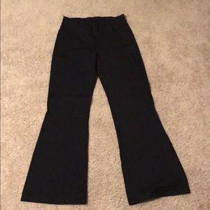 Black yoga pants!